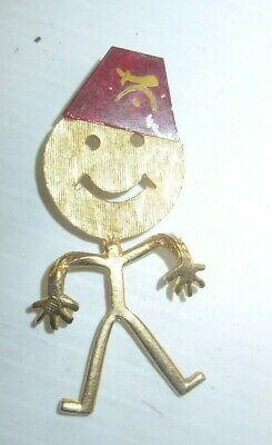 - Gold Tone Shriner Man Figural Pin Brooch Red Fez