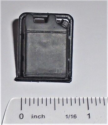 V3 Accessory Pack (GI Joe Accessory  2005 Buzzer V3                Gas can Pack with Frame)