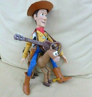Toy Story Woody talking and Bullseye