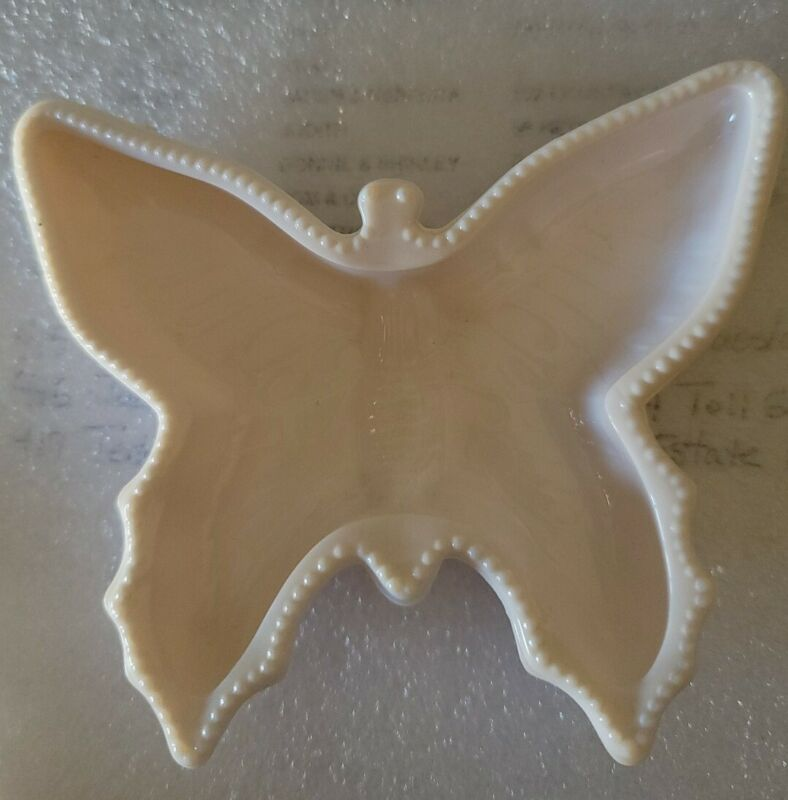 Vintage Jeanette Shell Pink Milk Glass Ash Tray/Ashtray~Butterfly Shape