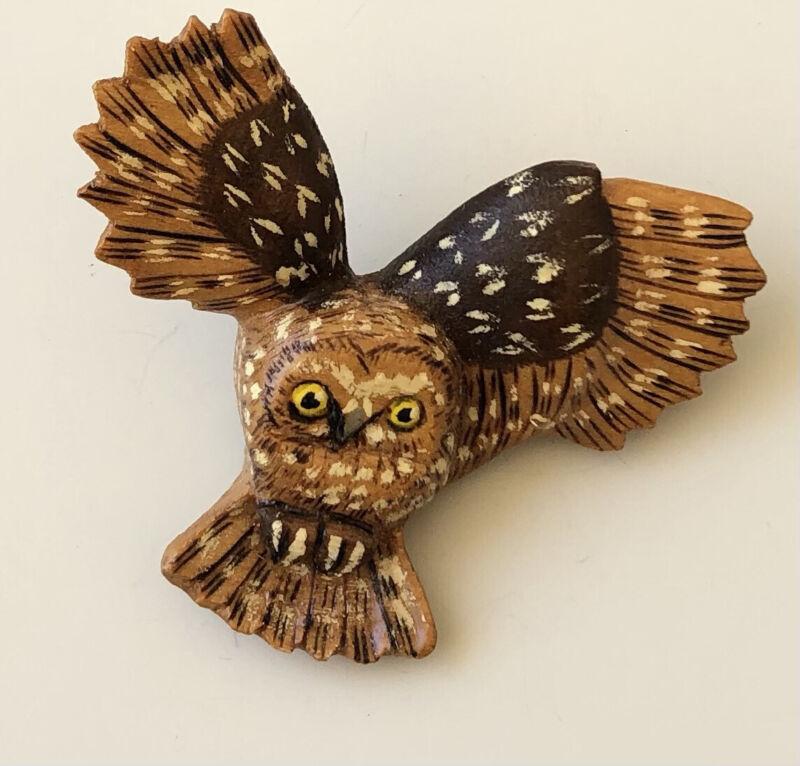 Vintage  handmade owl Brooch In wood