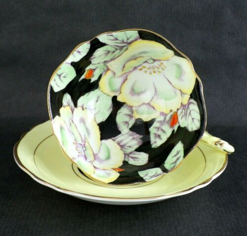 Beautiful PARAGON Cup & Saucer Yellow w/ Gold Trim & Large HIBISCUS Flowers