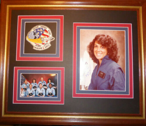 JUDITH RESNIK NASA ASTRONAUT CHALLENGER AUTOGRAPHED 8x10 PHOTO with JSA COA