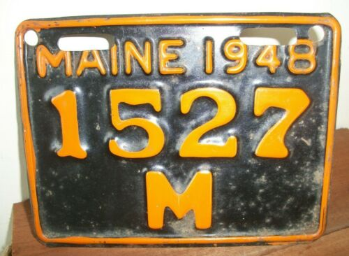 RARE 1948 MAINE MOTORCYCLE LICENSE PLATE IN EXTRA GOOD CONDITION, #1527