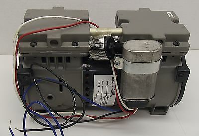Thomas Industries Vacuum Pump 2627vss22-023a Tested Working