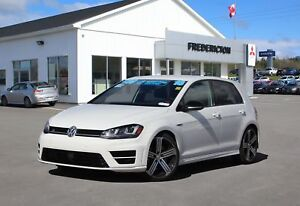 2016 Volkswagen Golf R 2.0 TSI AWD | HEATED LEATHER | NAV | B...