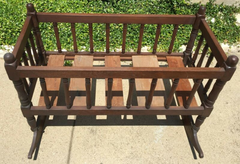 """Antique Walnut Jenny Lind Style Rocking Baby Cradle 38"""" X 18"""" X 30"""" Pick up Only"""
