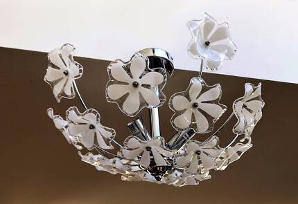 Three globes celling lamp