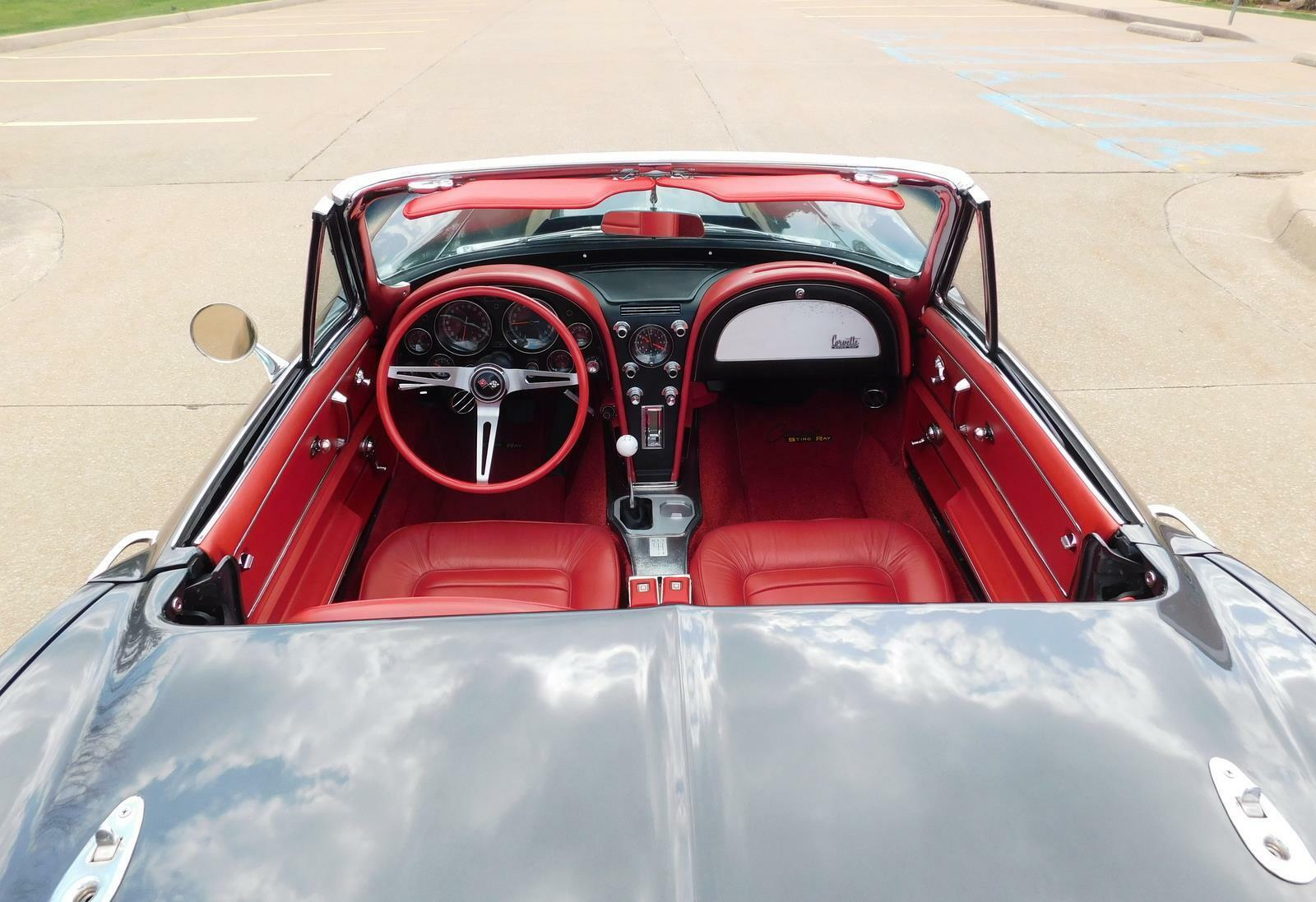 1966 Gray Chevrolet Corvette     C2 Corvette Photo 7