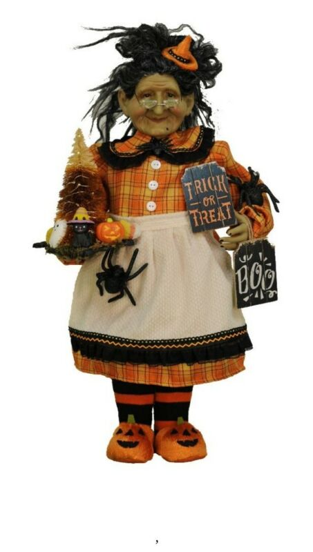 Karen Didion Halloween Trick or Treat Witch (Lighted)