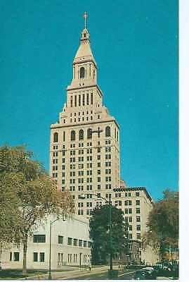 Hartford, CT, Traveler's Insurance Building, Vintage Autos,  Unposted- Postcard