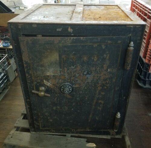 Large Vintage Safe For Restoration