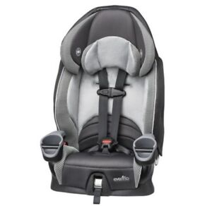 Evenflo Maestro Booster Seat and 3D Tote Convenience Stroller