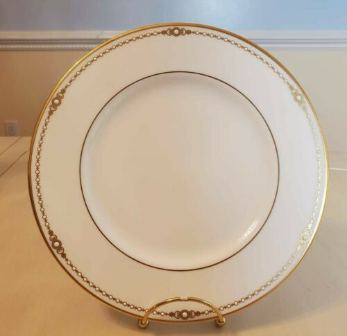 """Lenox Classic Collection Fine Bone China Pearl Gold Ivory China 9"""" Dinner Plate"""