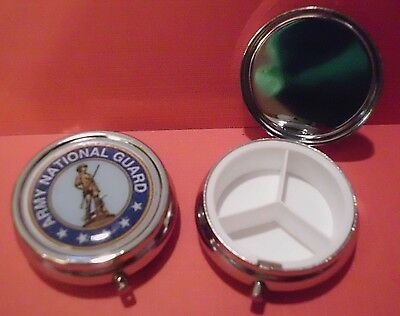 UNITED STATES ARMY NATIONAL GUARD PILL CASE HOLDER VITAMIN BOX MEDICATION POCKET