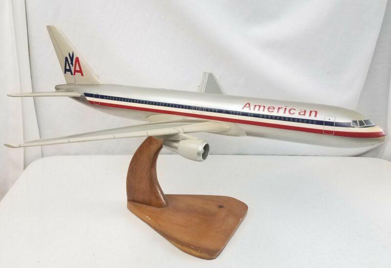 """Vintage AMERICAN AIRLINES AA DeskTop Display Model Airplane 17"""" Original"""