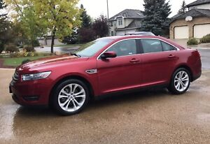 FORD TAURUS, ONLY 28,000KMS
