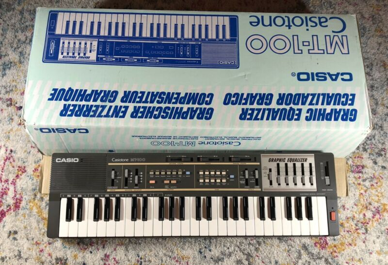Casio MT-100 Casiotone Electronic Keyboard With Box Excellent Condition