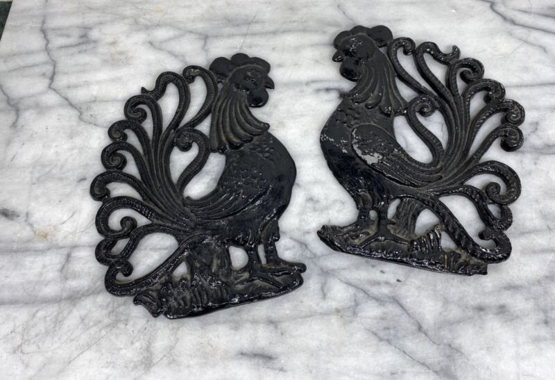Vintage Cast Iron Metal Roosters Wall Hanging Decor Plaques Farmhouse Black - 2