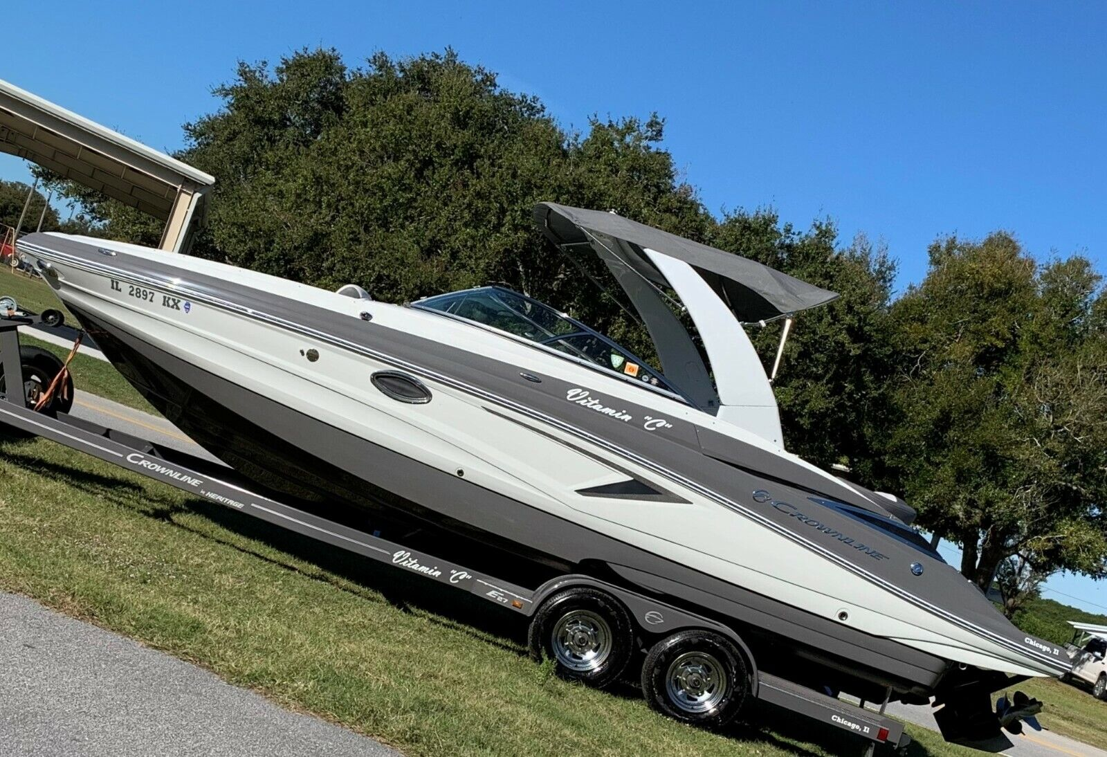2018 Crownline E27 MerCruiser 350 only 70hrs sea ray CHAPARRAL regal FOUR WINNS