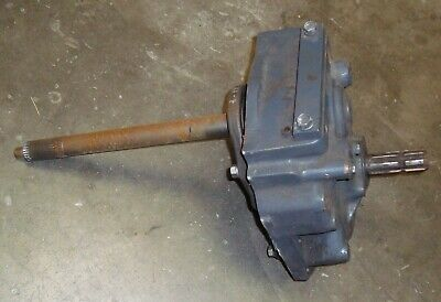 Kubota M108 Rear Pto Gearbox Assembly W Upper - Lower Shafts Used