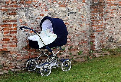 Erstlingswagen erinnern häufig an klassische Kinderwagen. (Foto:Thinkstock)