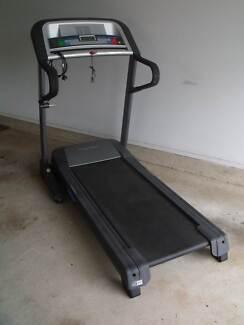 Pro-Form 450 CX Treadmill Walker Mount Annan Camden Area Preview