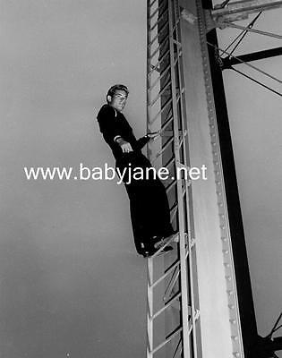 051 GUY MADISON AS SAILOR CLIMBING LADDER PHOTO