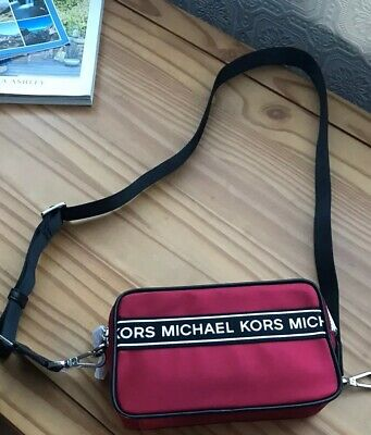 Michael Kors Trendy Scarlet Red Shoulder Bag crossbody women's camera BNWT