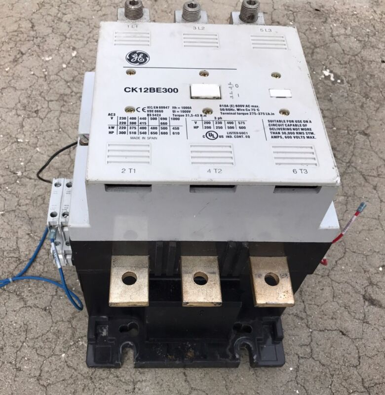 GE GENERAL ELECTRIC CK12BE-300 810A 200HP@200V 500HP@460V 3 POLE CONTACTOR N901