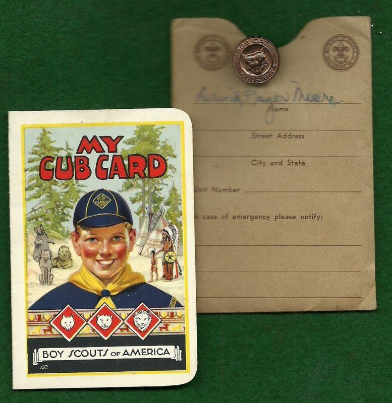 VINTAGE 1946 BI-FOLD CUBS BSA MEMBERSHIP CARD & CUBS BSA BOB CAT PIN