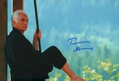 Terence Stamp Autogramm signed 20x30 cm Bild