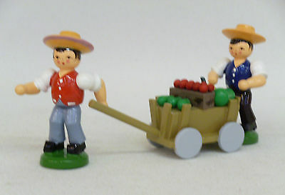 Esco Erntewagen mit 2 Jungen Original Handwerkskunst aus dem Erzgebirge