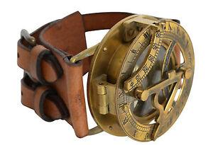 Gusti Leder Armband Leder mit Steampunk Kompass Sonnenuhr Armreif Lederarmband