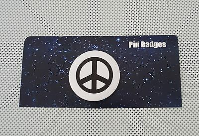 THE PEACE SIGN ☆ ROUND PIN BADGE ☆ SYMBOL OF PEACE ☆ NEW LOVE No.1