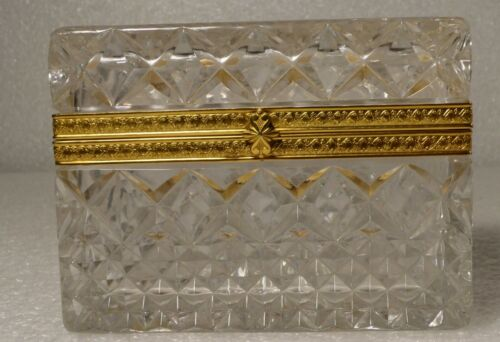 FRENCH CRYSTAL GLASS COVERED BOX SIGNED