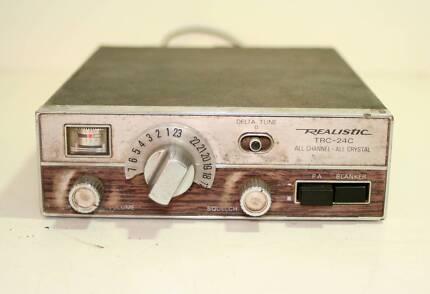Realistic TRC-24C Radio Shack Tandy 24 Chn CB Radio