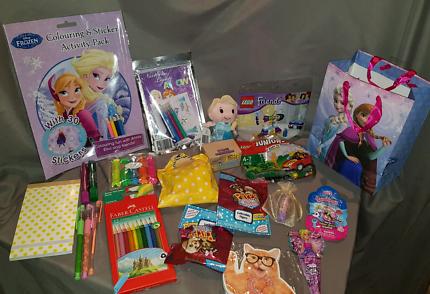 Frozen/princess gift bag