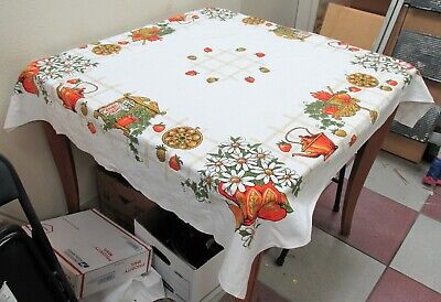 """Tablecloth Daisy Flowers, Fruits, and Teapots Mid-Century Kitchen Print 47""""x 52"""""""