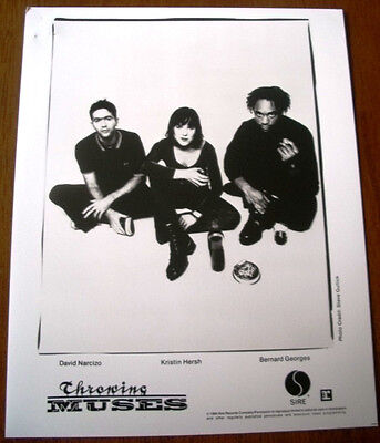 Throwing Muses 8x10 B&W Press Photo Sire Records 1994 Kristen Hersh