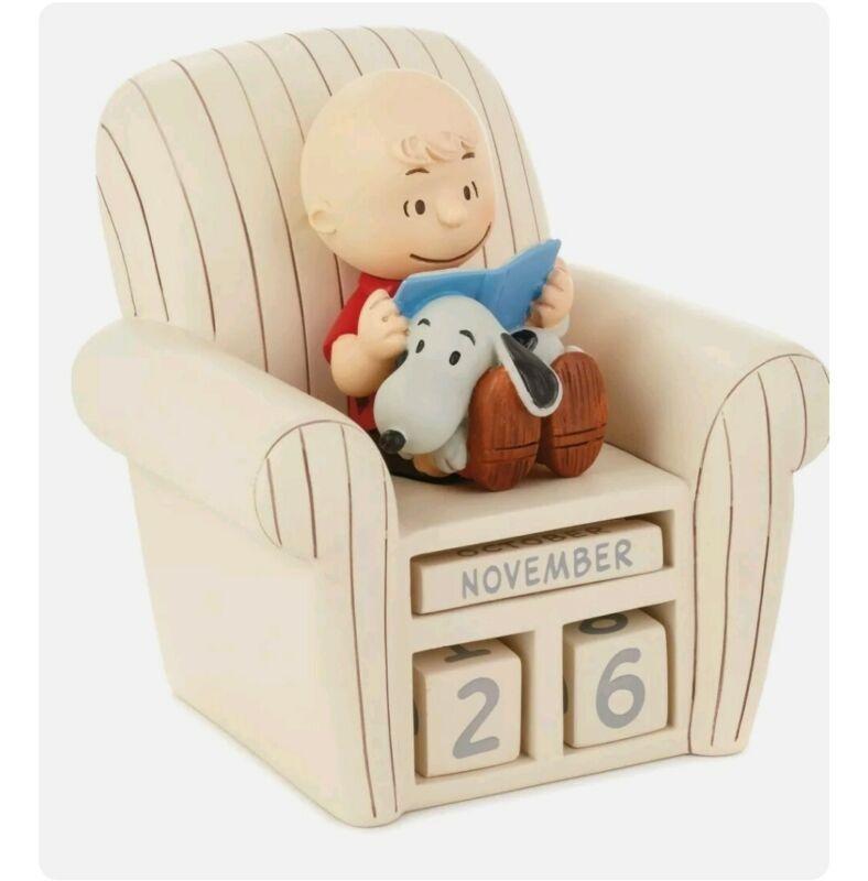Hallmark Peanuts Charlie Brown Chair and Snoopy Perpetual Calendar New w/ box