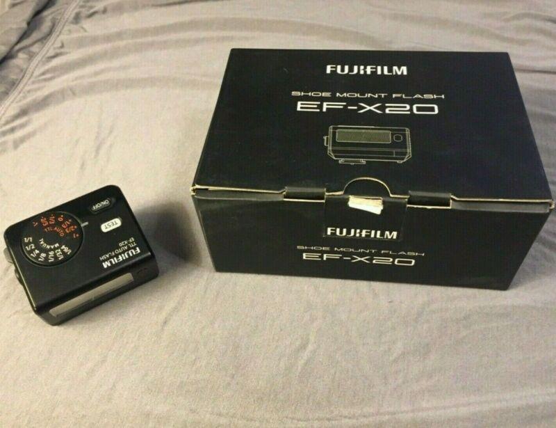 Fuji EF-X20 Shoe Mount Flash - w/ box and accessories