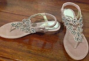 Beautiful Sandals.  Perfect for Christmas.  Tried on once in shop Morayfield Caboolture Area Preview