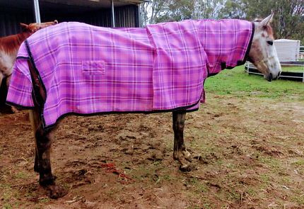 Horse rugs new and repairs