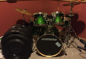 5 Piece Ludwig Drum Kit with Planet Z Symbols and Hardware