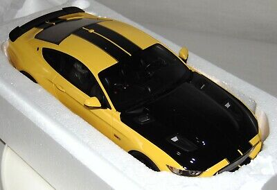 GT SPIRIT Boxed DIE-CAST CAR 1:18 2015 MUSTANG SHELBY US002 Yellow Black Stripes