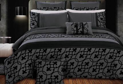 Queen Size Flocking Charcoal Black Quilt Cover Set (3PCS)