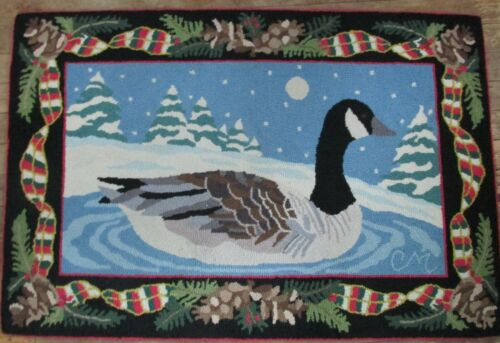 Claire Murray Hand Hooked Rug 100% Wool Christmas Canadian Goose 2 x 3