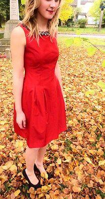 Juwelen Kleid (Zara Rot Plissiert Tulpenkleid mit Juwelen Besetzt Kragen Halsausschnitt -)