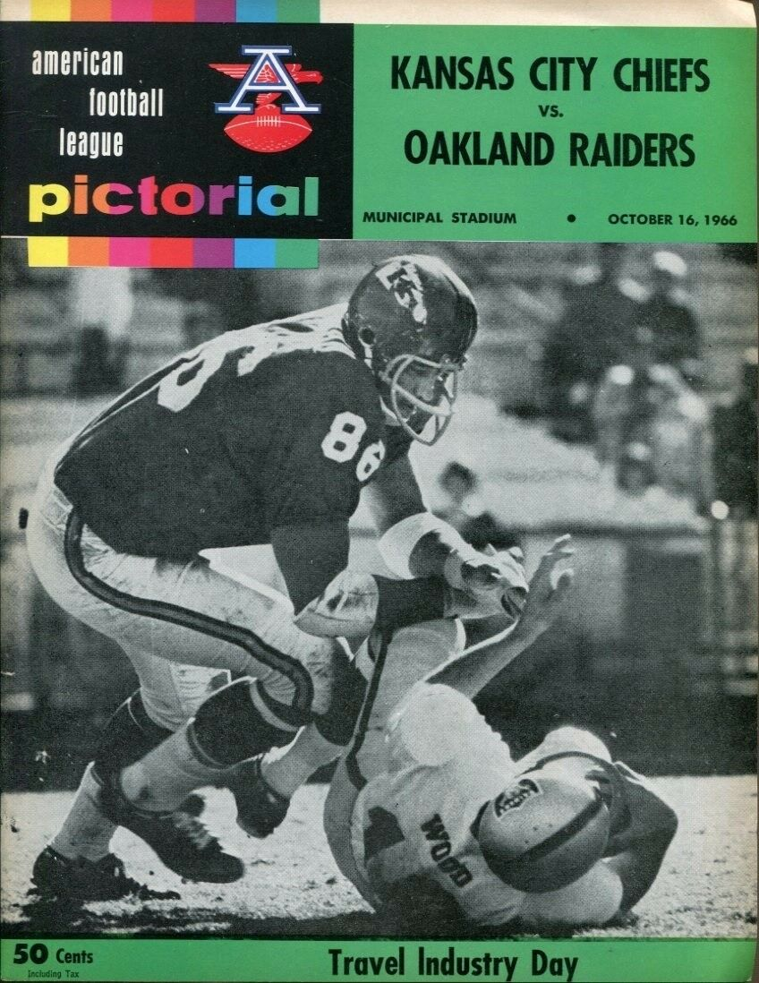 1966 Kansas City Chiefs v Oakland Raiders Program 1016 Municipal  for sale